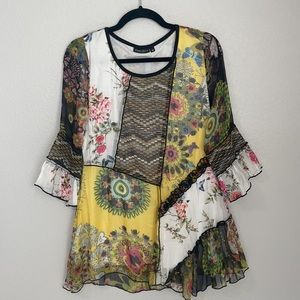 NEW Dor Dor Couture Patchwork Flowy 3/4 Length Flare Sleeve Tunic Top M
